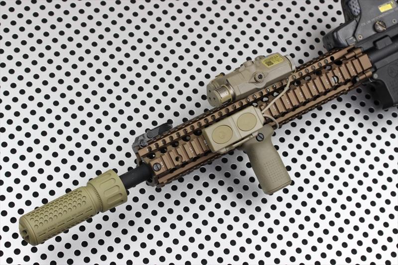 Knight's Armament Airsoft 556 QDC/CQB DE