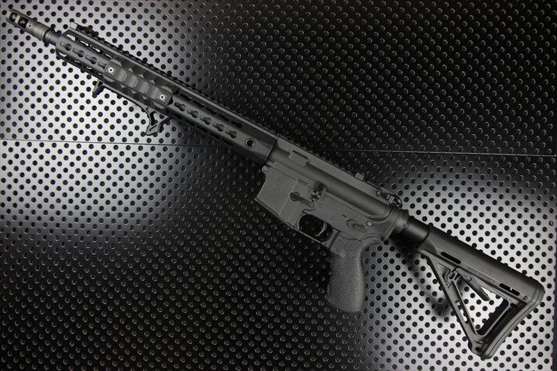 【M4 Gun's フォト】M4MWS URX4 カスタム