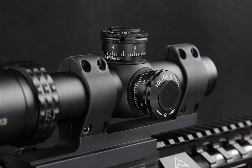 Bushnell AR OPTICS 1-4x 24mm Throw Down PCL 右側ダイヤル操作部分