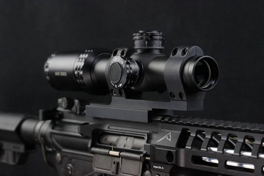 Bushnell AR OPTICS 1-4x 24mm Throw Down PCL 前方左側からの画像