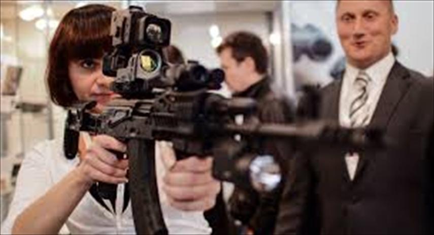 カラシニコフ短機関銃
