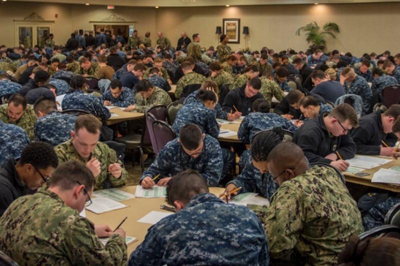 アメリカ海軍の迷彩服NWUがタイプ1からタイプ3へ切り替え