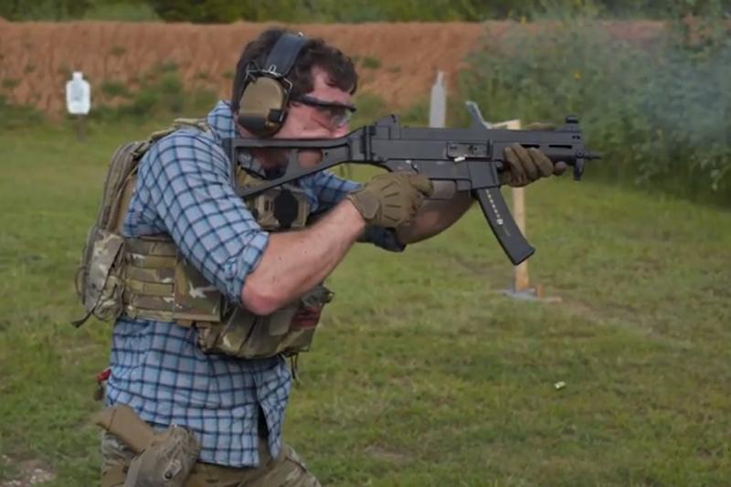 H&K UMP:MP5から発展した高性能サブマシンガン