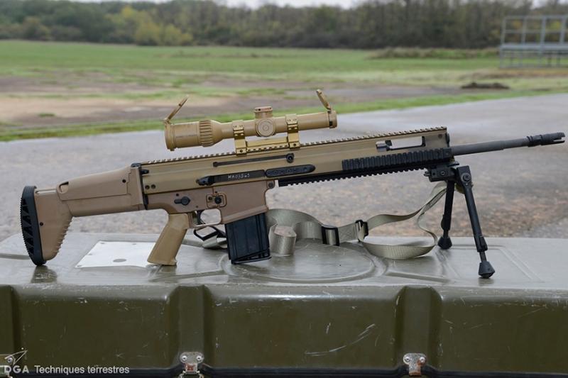 フランス軍がスナイパーライフルを更新、SCAR-H PRが選ばれる